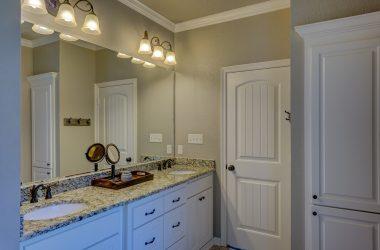 bathroom-1940171_960_720