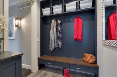 navy-blue-mudroom-lockers